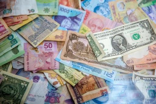 Mơ thấy nhặt được tiền đánh con gì? Giải mã ý nghĩa mơ thấy tiền